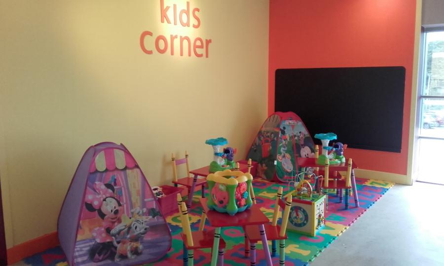 New Kids Play Area in Debenhams Restaurant